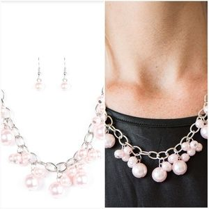 CELEBRITY TREATMENT PINK NECKLACE/EARRING SET